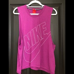 Nike workout muscle tee small